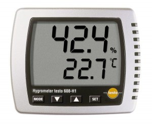 Testo 608 temperature and humidity display